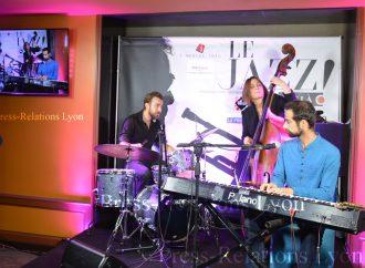Le Jazz est là au bar longe le 12.2 de l'hôte Mercure lyon centre Château Perrache